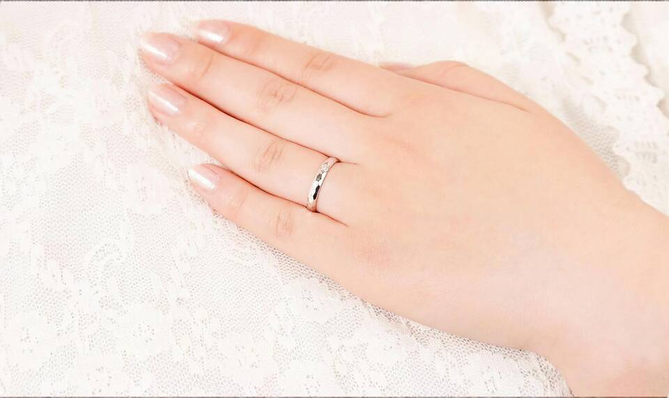 https://neko-takaramono.jp/wp-content/uploads/2020/08/nekojewelry_marriagering_05_t.jpg