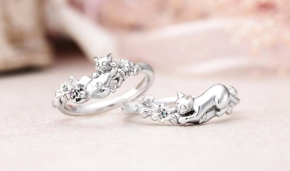 https://neko-takaramono.jp/wp-content/uploads/2020/08/nekojewelry_marriagering_1314.jpg