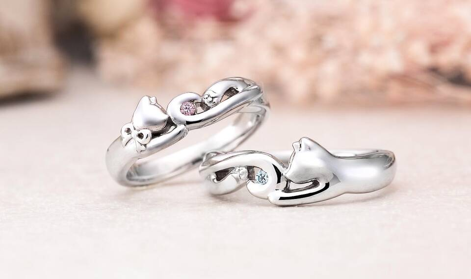https://neko-takaramono.jp/wp-content/uploads/2020/08/nekojewelry_marriagering_1516.jpg