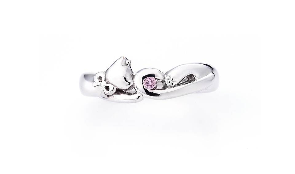 https://neko-takaramono.jp/wp-content/uploads/2020/08/nekojewelry_marriagering_15_s.jpg