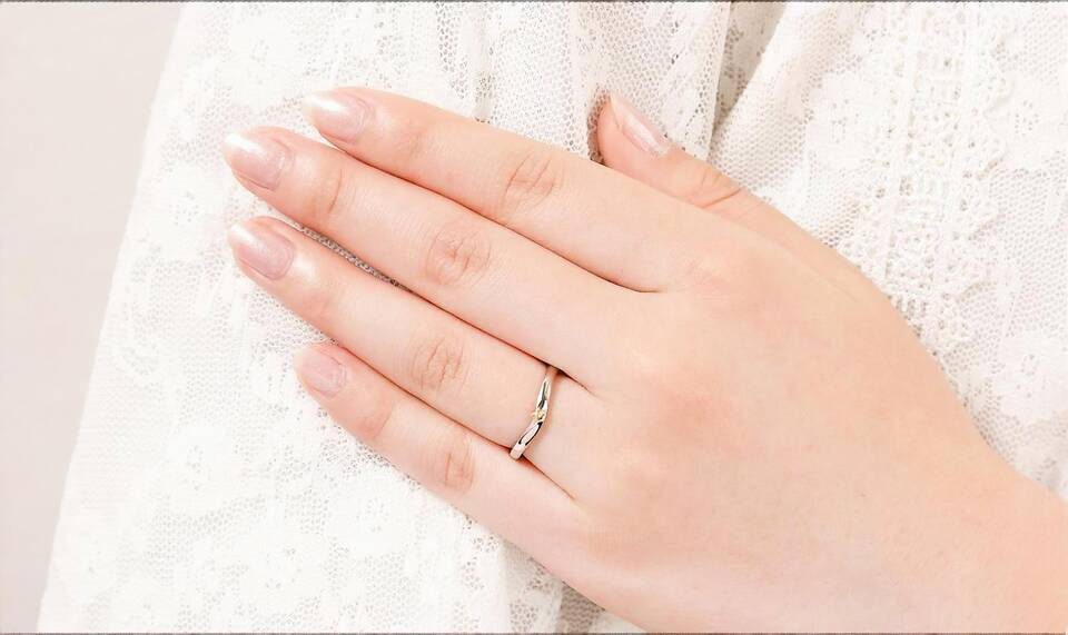 https://neko-takaramono.jp/wp-content/uploads/2020/08/nekojewelry_marriagering_23_t.jpg